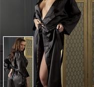 Schwarzer Kimono